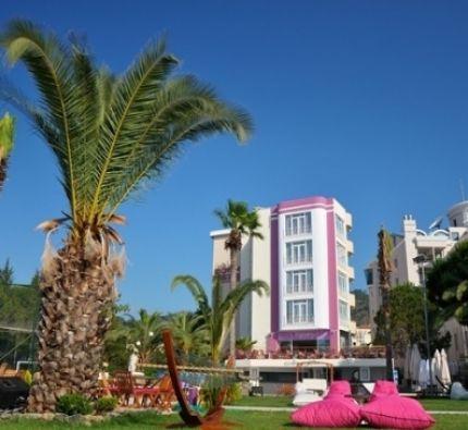 Dora Beach  4*